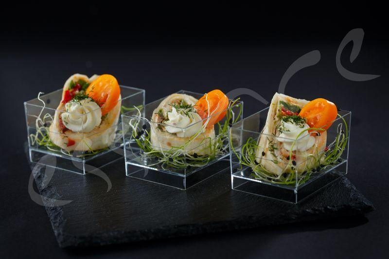 Рап с Пилешки Галантин, Мус от Пушена Паприка и Свежи Зеленчуци 10 бр.